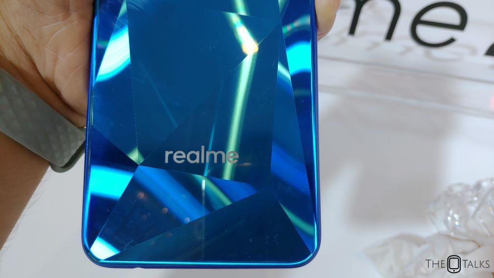 OPPO Realme 2 Release 5