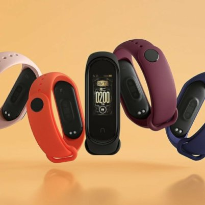 Xiaomi Mi Band 4 Real Images - Multiple Clock Faces