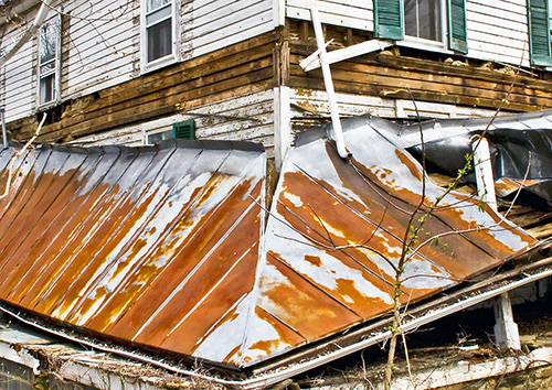 Collapsed-Roof