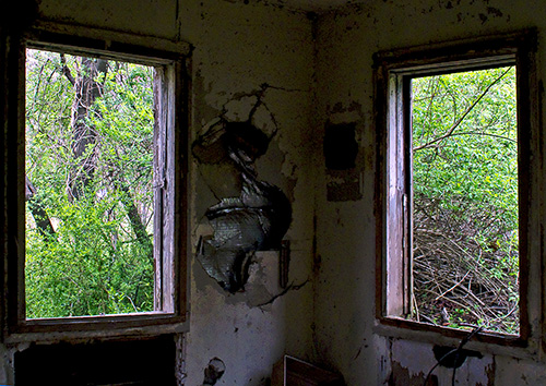 Old-House-Windows---7