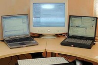 Running Multiple Monitors, Multiple Monitors,Windows XP Multiple Monitors