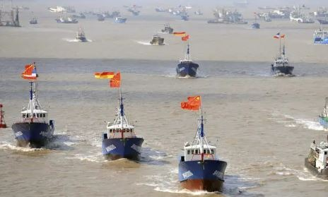 260 Chinese fishing vessels stray near Galapagos Islands; Ecuador ...