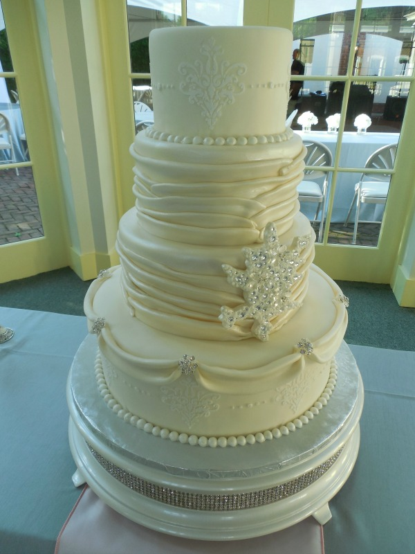 Wedding Cake Cost Considerations That Add Up    The Pink Bride white and crystal winter wedding cake  provided by tricities cake bakery  The Cake Gallery