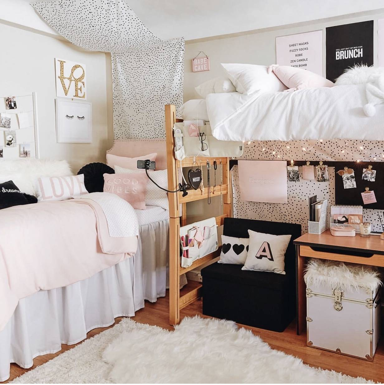 VSCO Room Ideas: How to Create a Cute Vsco Room - The Pink ... on Simple But Cute Room Ideas  id=33908