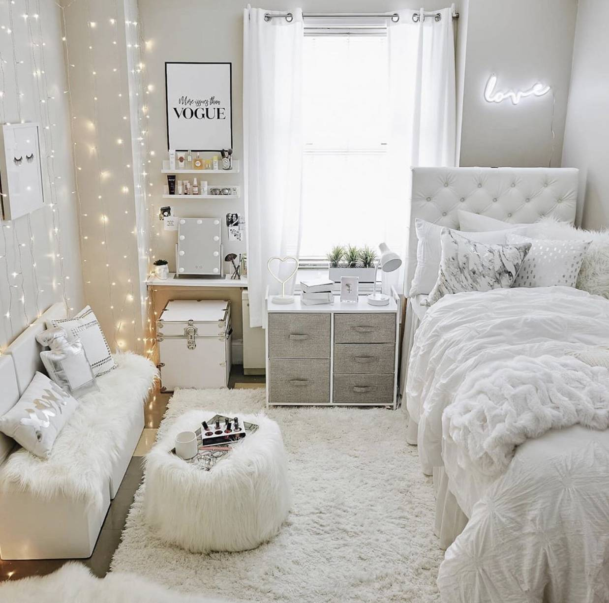 VSCO Room Ideas: How to Create a Cute Vsco Room - The Pink ... on Simple But Cute Room Ideas  id=45458