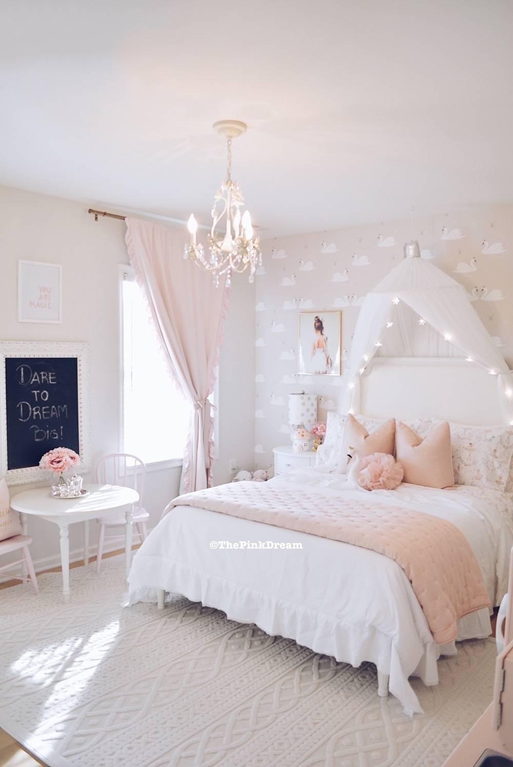 A Pink Ballerina Swan Toddler Bedroom The Pink Dream