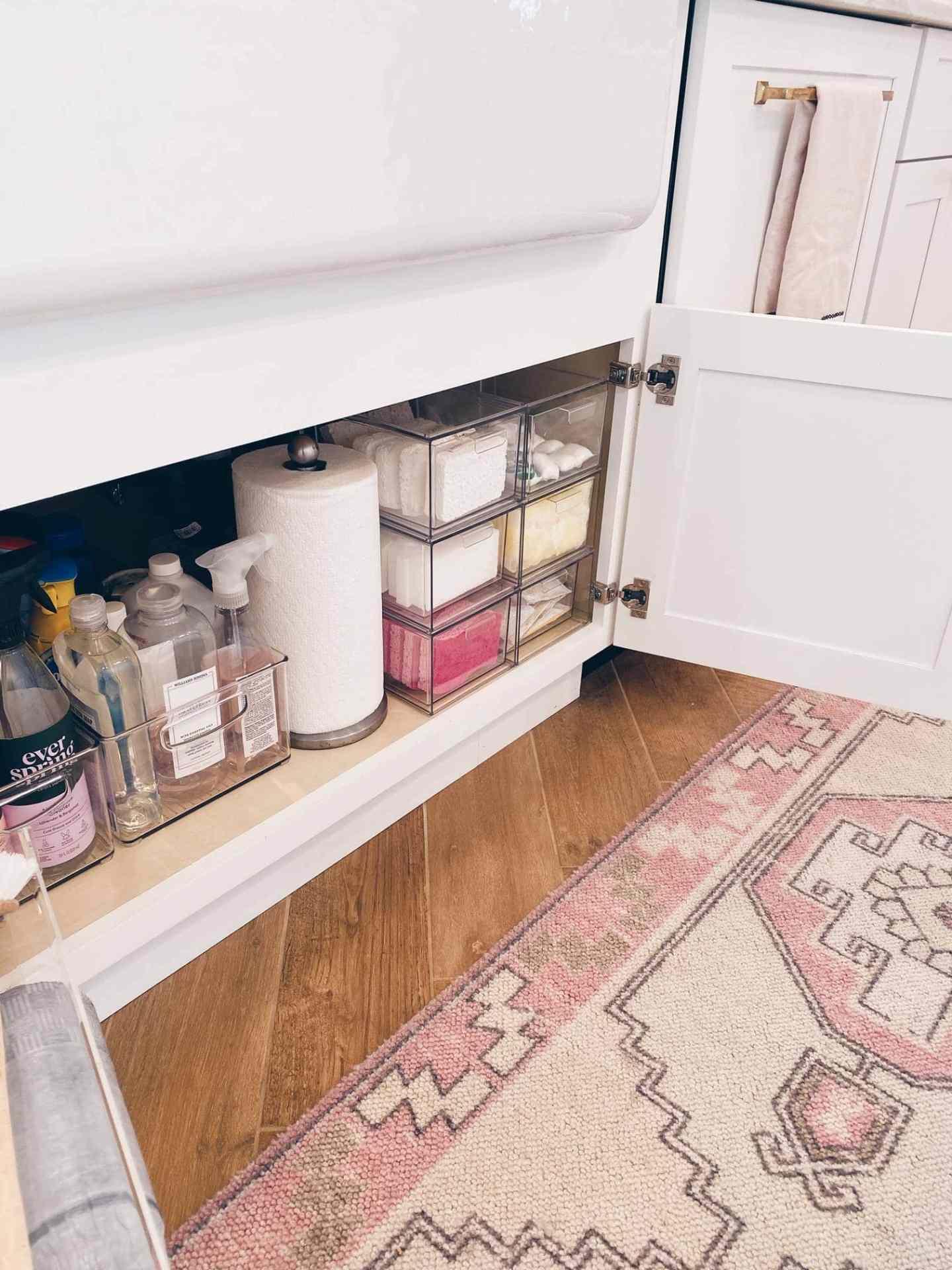 organize under a kitchen sink