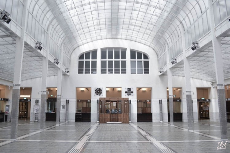 Top 20 Things to do in Vienna Postsparkasse Interior
