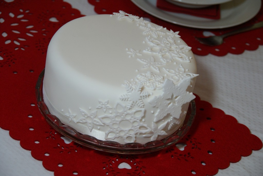 White Berries Decorating