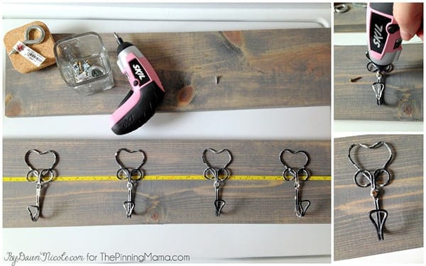 Love how quickly this project comes together!  DIY Rustic Hook hanging rack
