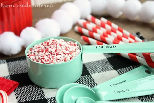 This creamy fluffy peppermint fluff dip is the best Christmas dessert recipe! It is so easy and only take a few ingredients!