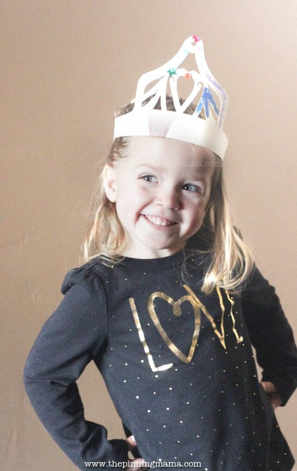 DIY Princess Crown - Free Silhouette CAMEO and Cricut Cut file (SVG, DXF, PNG, PDF)