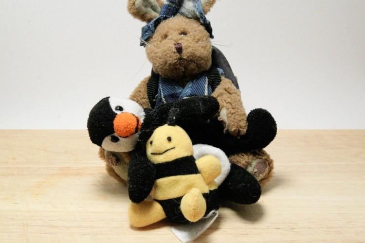 Al Harvey Bee Hug