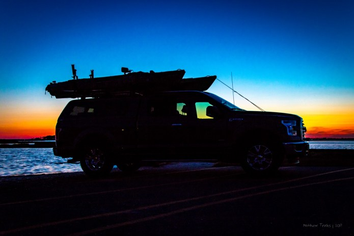 Ford F150 Chillouette with Kayaks