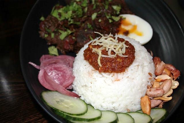 beef rendang nasi lemak sambal shiok london