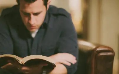 The Twofold Purpose of Apologetics