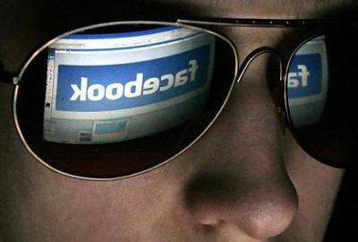 Persoanele care critică Facebook sunt blocate de CIA și nu mai pot obține viză de intrare în SUA