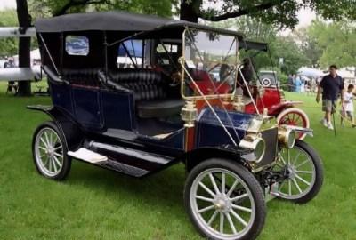 Mașini de epocă – 25 de imagini de colecție cu mașini de epocă pentru iubitorii de relicve