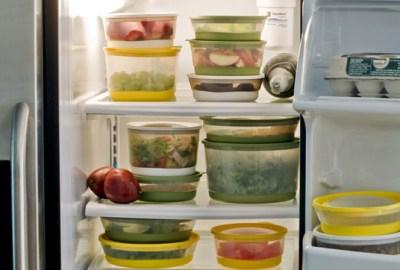 Cât timp se țin alimentele în frigider și congelator