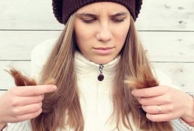 Cum se elimină mirosul de păr ars?