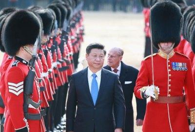 Familia Regală Britanică conduce sclavia din China