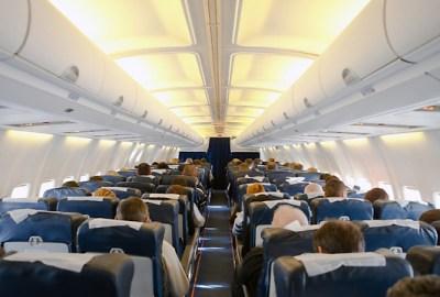 Cum să confirmi zborul sau să faci check-in?