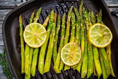 Cum se prepară sparanghelul la grătar?
