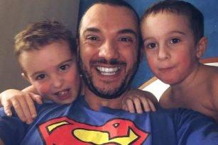 Cristian papà di due gemelli