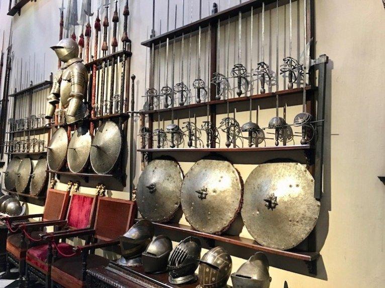 galleria delle armi casa museo bagatti valsecchi