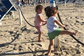 in vacanza con due gemelle di due anni