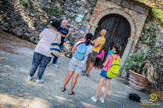 visita guidata alle grotte tufacee di santarcangelo di romagna