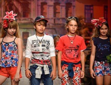 61c12ca8a5 Tendenze moda bambini spagnola primavera-estate 2019