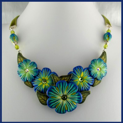 Jewelry - Floral Collar -