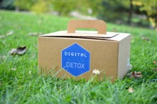 Box Digital Detox The Popcase