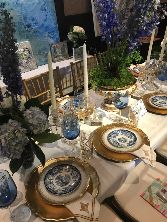 KKG Tablescapes 2017 photo by the potted boxwood 11