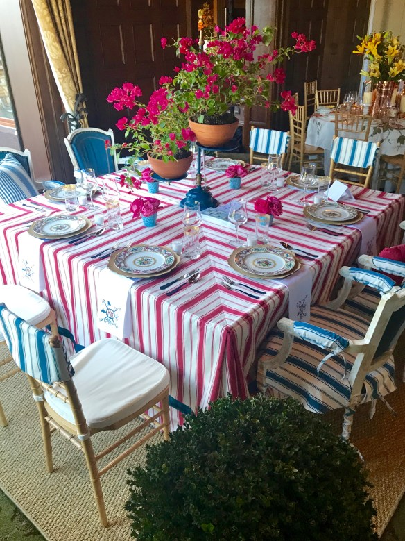KKG Tablescapes 2017 photo by the potted boxwood 6
