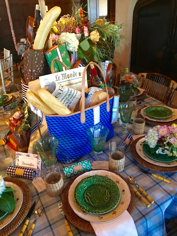 KKG Tablescapes 2017 photo by the potted boxwood 7