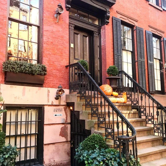 NYC townhouse photo by Christina Dandar for The Potted Boxwood 8