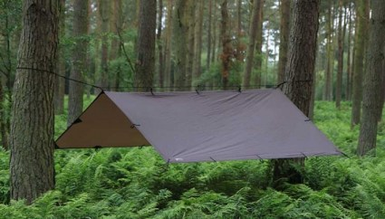Simple Tarp Rigging System: Quickly Shed Pounds off your Bug Out Bag