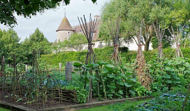 Medieval Style Garden
