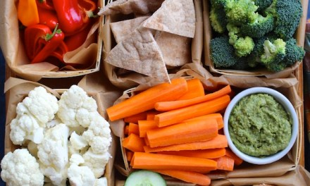Market Veggie Tray with Creamy White Bean Hummus Dip