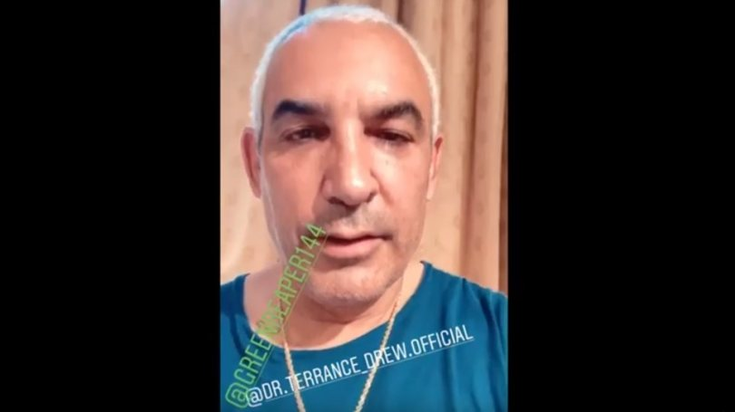 Δουλείες με φούντες! Ο εκκεντρικός Άλκης Δαβίδ «γλεντάει» τα media για την κάνναβη αξίας... 1,3 εκ. δολαρίων! (video)