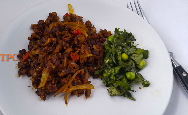 sweet, nutty, earthy, fiofio pigeon peas with vegetables