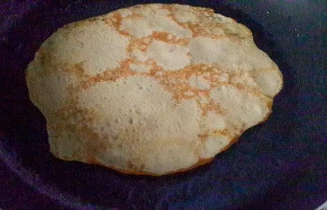 diet-nigerian pancake frying in a frying pan
