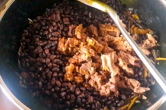 achicha mixed with black beans for achicha, dry cocoyam