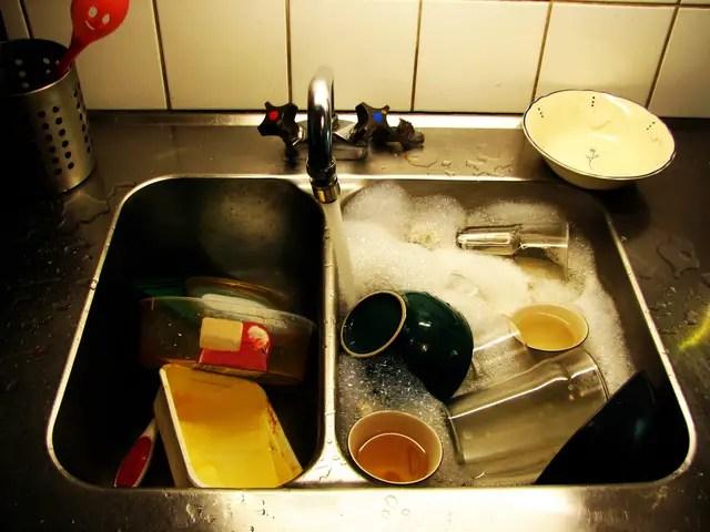 kitchen safety tips sink