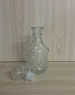 crystal cut decanter hire