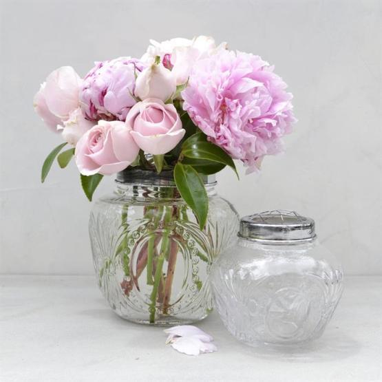 globe vase hire auckland