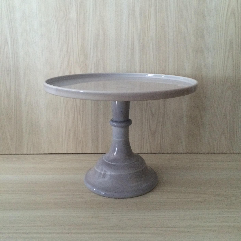 pedestal vida product cake white shop plate alegria