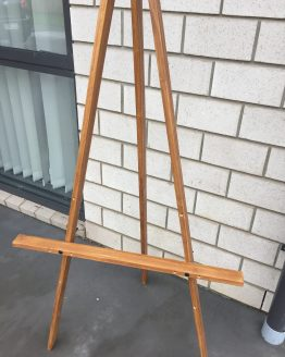 wooden easel hire auckland